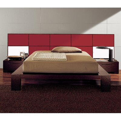 Soho Platform Bed Size: King, Color: Burgundy Glossy Lacquered