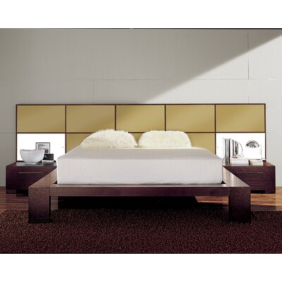 Soho Platform Bed Size: King, Finish: Gold Glossy Lacquered