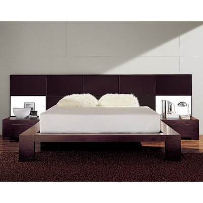 Soho Platform Bed Size: King, Color: Leather Brown