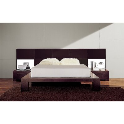 Soho Platform Bed Size: King, Color: Leather White