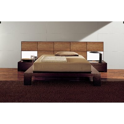Soho Platform Bed Size: California King, Color: Zebrano Wood