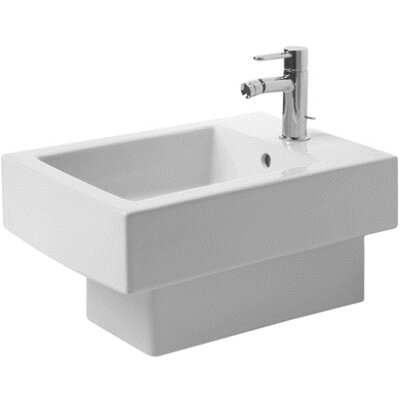 Vero Wall Mount Bidet Finish: White