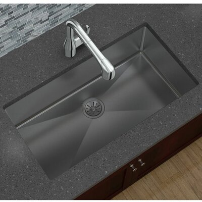 Crosstown 33 x 18 Undermount Kitchen Sink