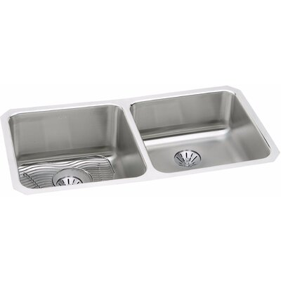 Gourmet 30.75 x 18.5 Stainless Steel Double Bowl Undermount Kitchen Sink Bowl Depth: Left 11.5/Right 7.9