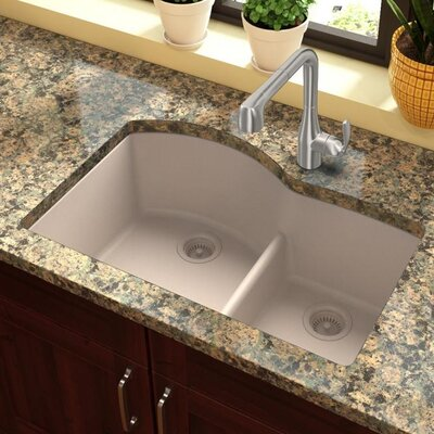 Quartz Classic 33 x 22 Double Basin Undermount Kitchen Sink with Aqua Divide Finish: Putty