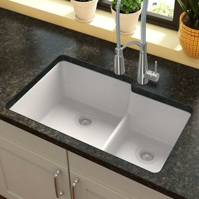 Quartz Classic 33 x 21 Double Basin Undermount Kitchen Sink with Aqua Divide Finish: White