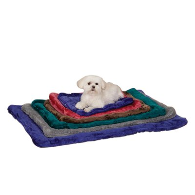 Plush Dog Mat Size: Medium (23 L x 16 W), Color: Gray