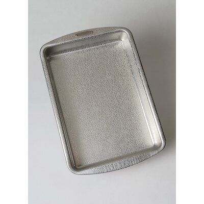 Pebbleware Rectangular Cake Pan