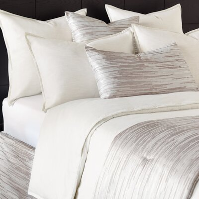 Pierce Comforter Size: California King, Color: Marble