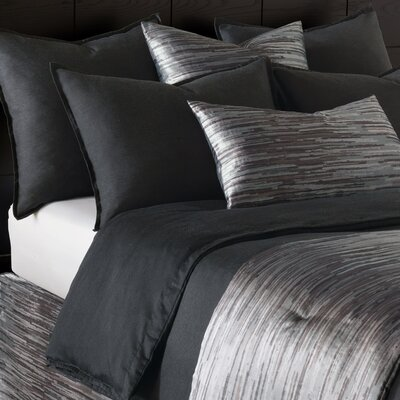 Pierce Comforter Size: Twin, Color: Onyx