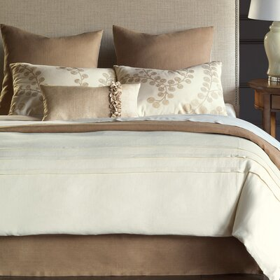 Breeze Hand-Tacked Comforter Size: Super King