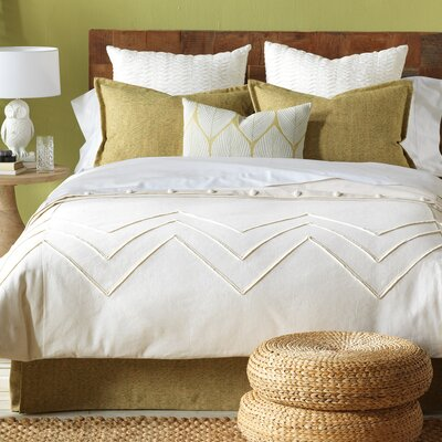Filly Button-Tufted Comforter Size: King