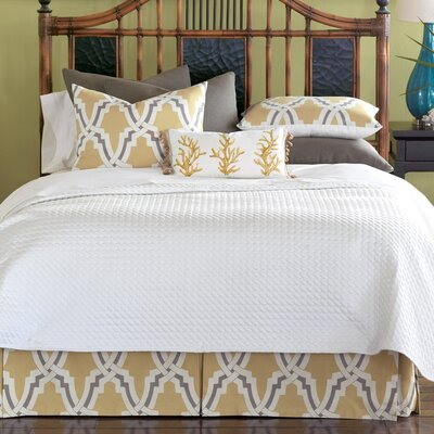 Autry Button-Tufted Comforter Size: King