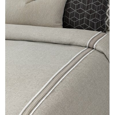 Bale Border Hand-Tacked Comforter Size: Super King