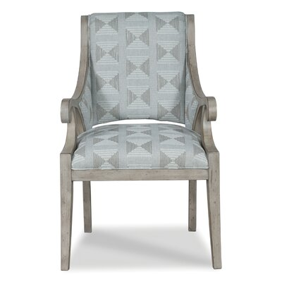 Sophia Occasional Armchair Body Fabric: 3009 Putty