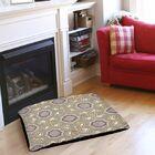 Plum Scene 1 Indoor/Outdoor Pet Bed Size: 28