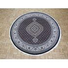 One-of-a-Kind Raiden Hand-Knotted Black Area Rug Rug Size: Round  8'