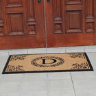 Hedvige Anti Shred Treated Non-Skid Monogrammed Entry Doormat Letter: D