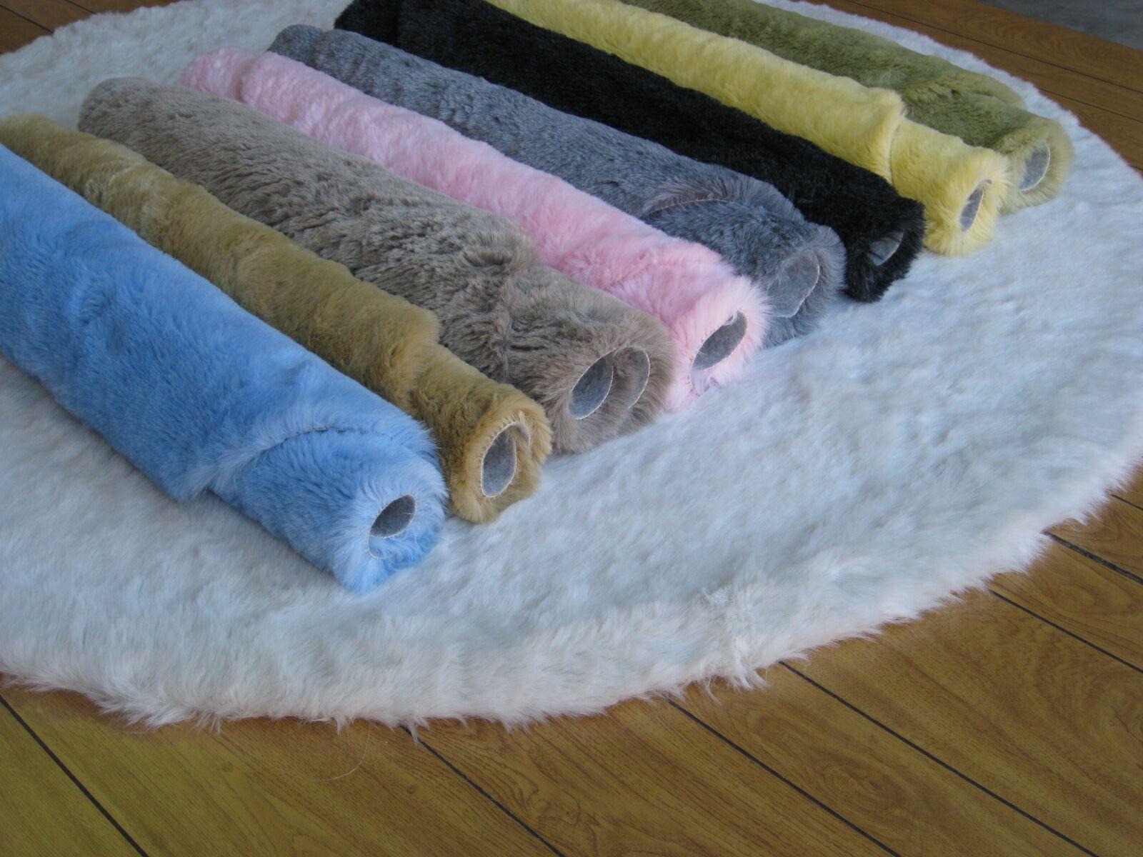 Eros Hand-TuftedFaux Fur Black Area Rug Rug Size: Square 6'