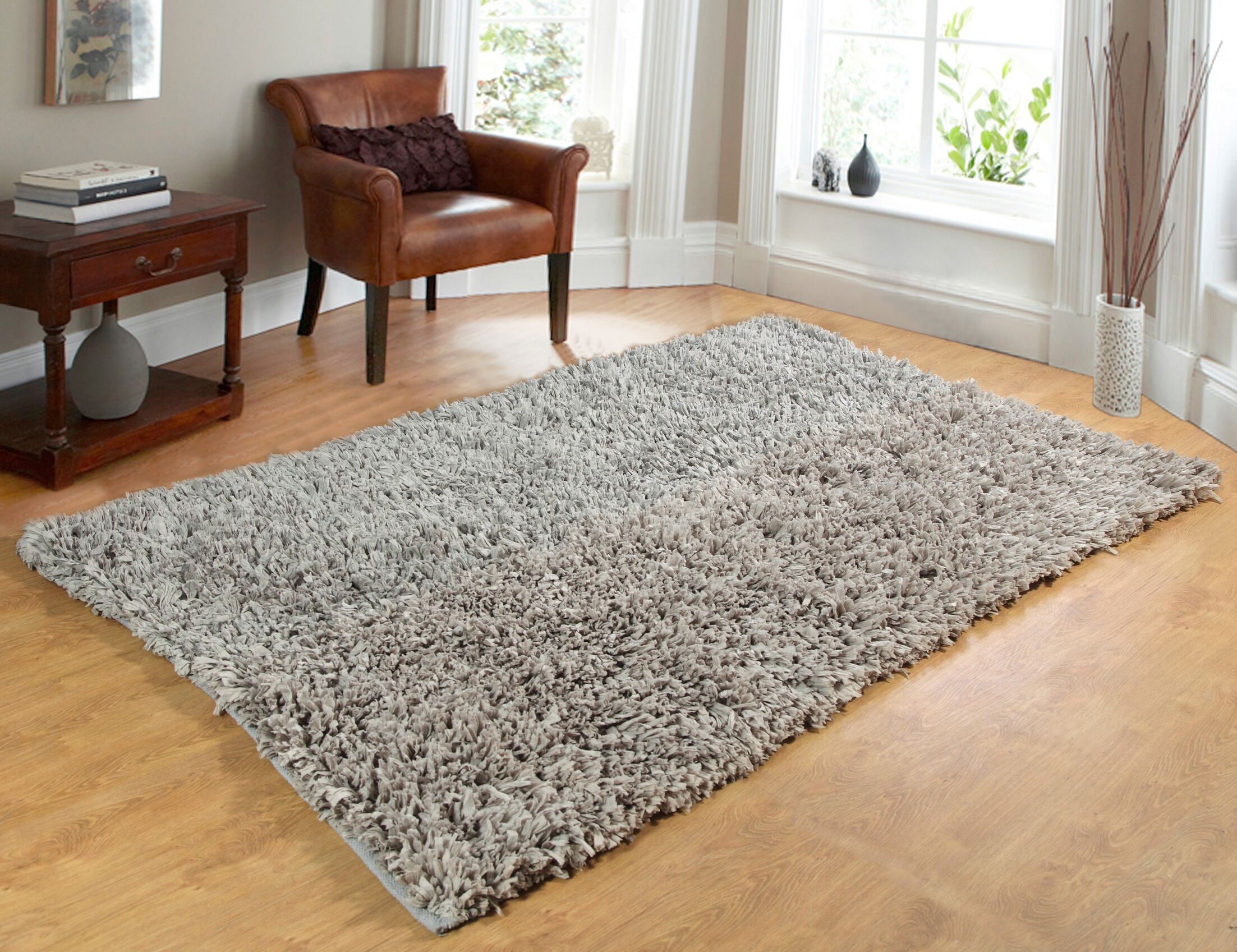 Comfy Hand-Woven Shag Silver Area Rug Rug Size: 5' x 7'