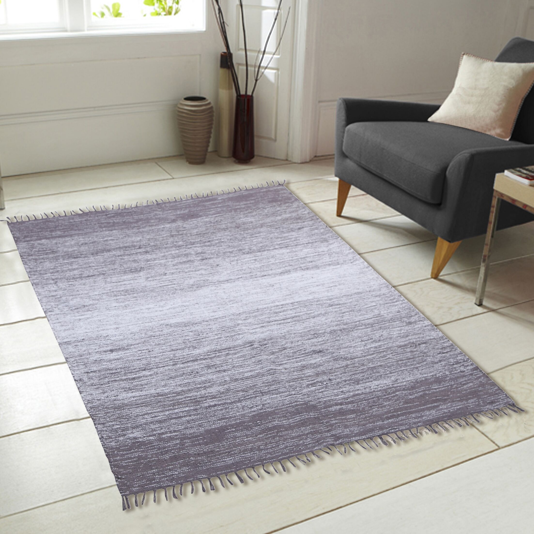 Ombre Fringe Cotton Hand Woven Gray Area Rug Rug Size: 7'3