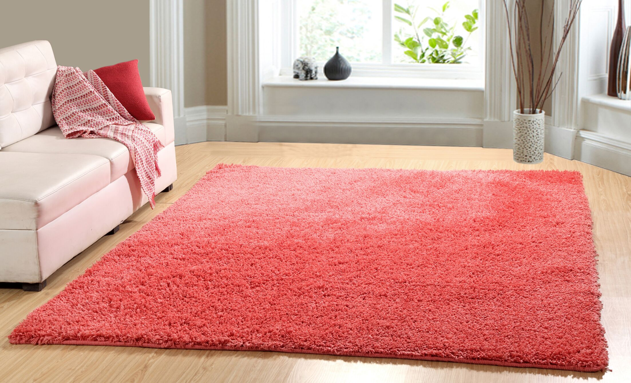 Hand-Woven Shag Coral Area Rug Rug Size: 7'3