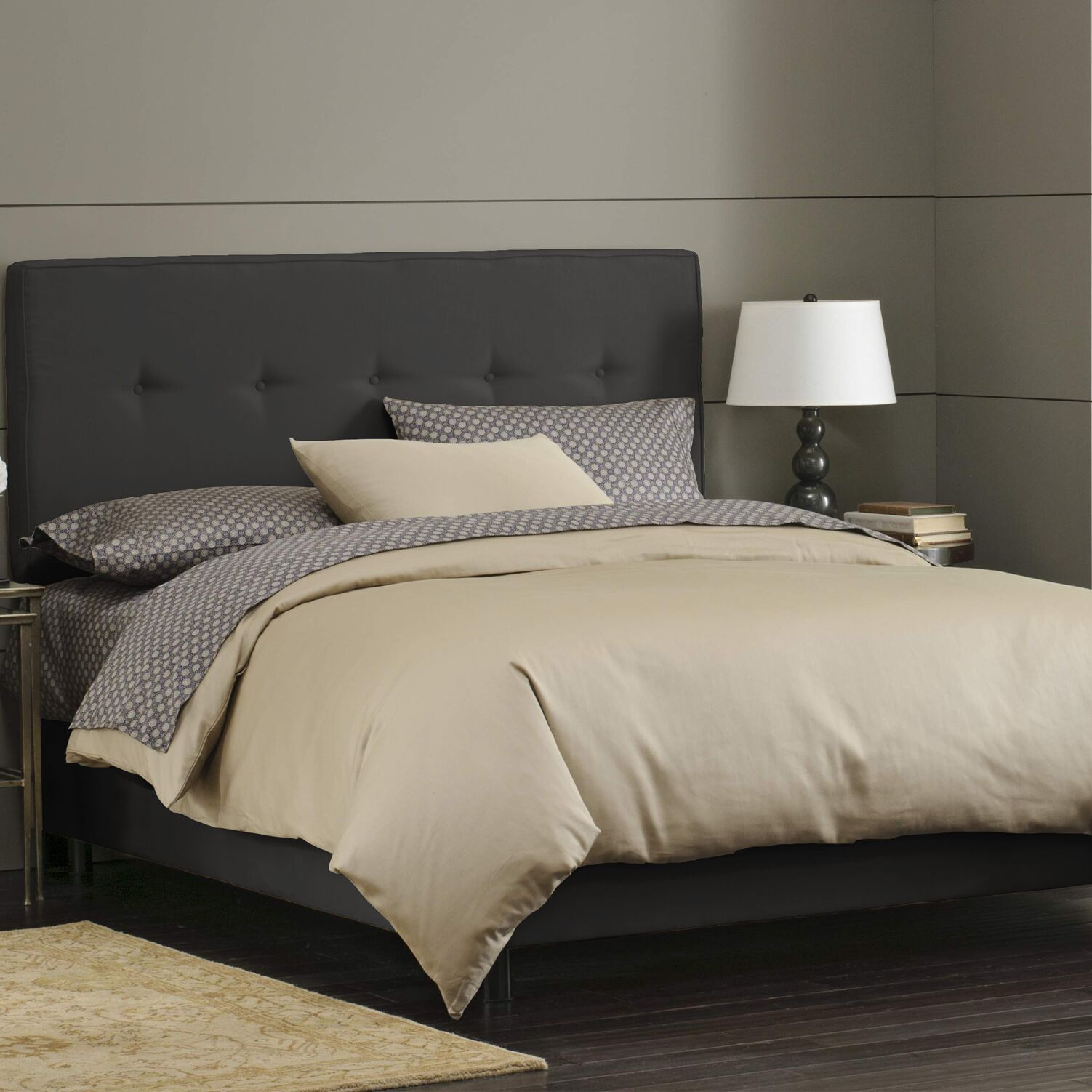 Button Tufted Upholstered Panel Bed Size: Twin, Color: Black