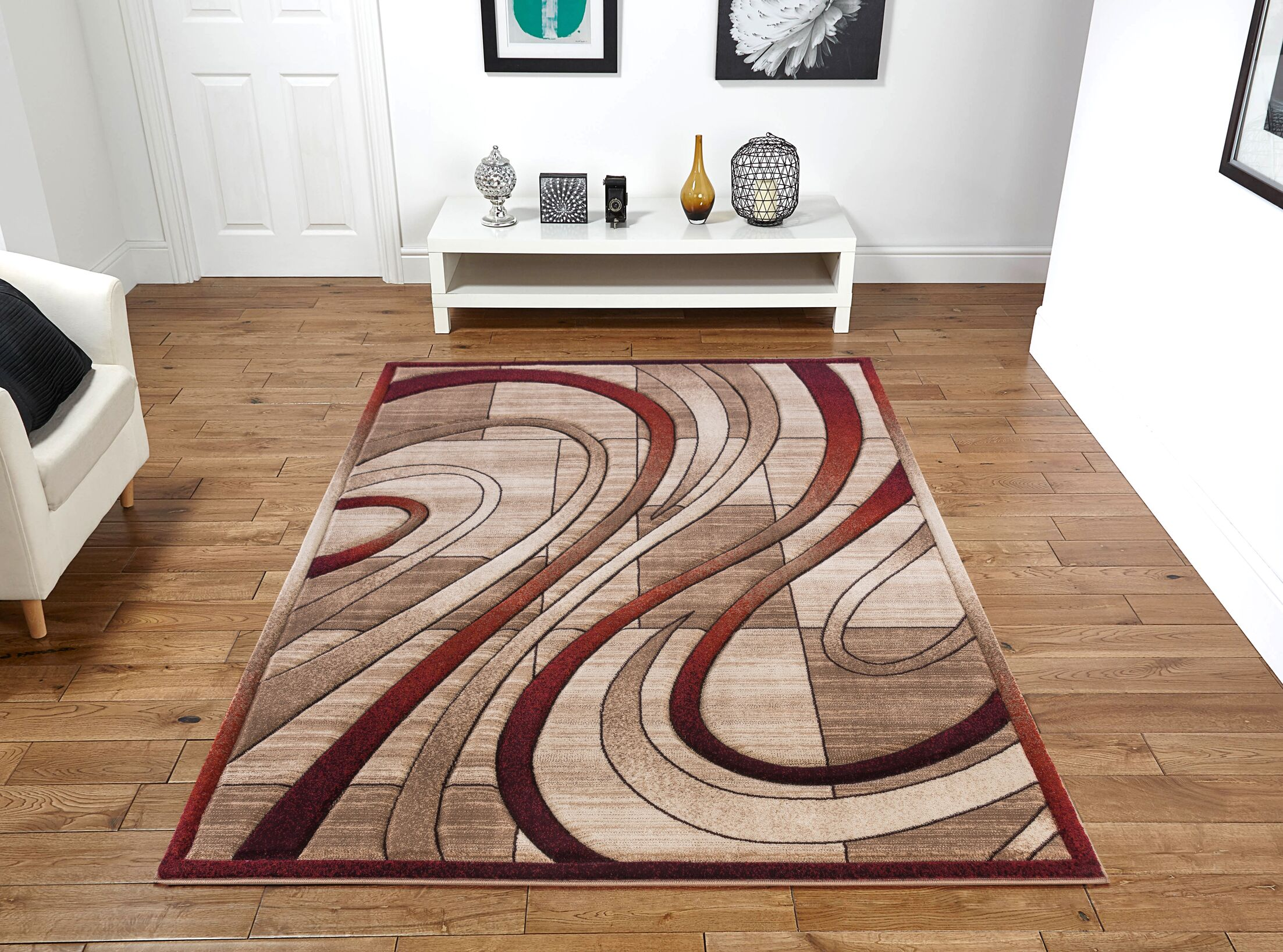 Yingling Beige/Red Area Rug Rug Size: Rectangle 5' x 8'
