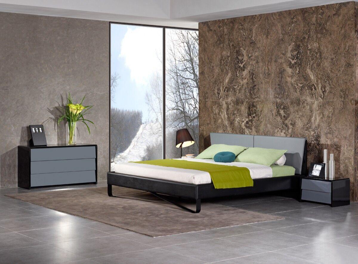 Cheng Eastern King Upholstered Platform Bed