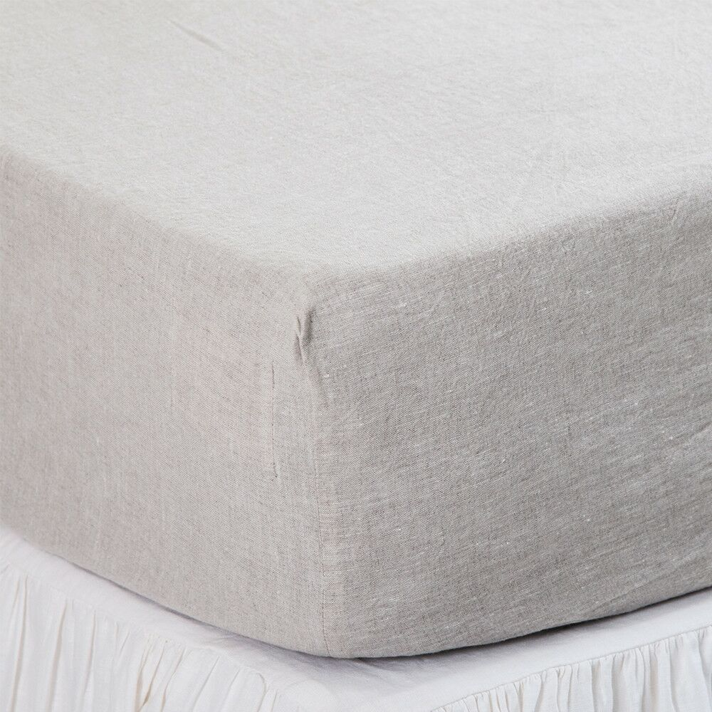 Fitted Sheet Size: Queen, Color: Flax