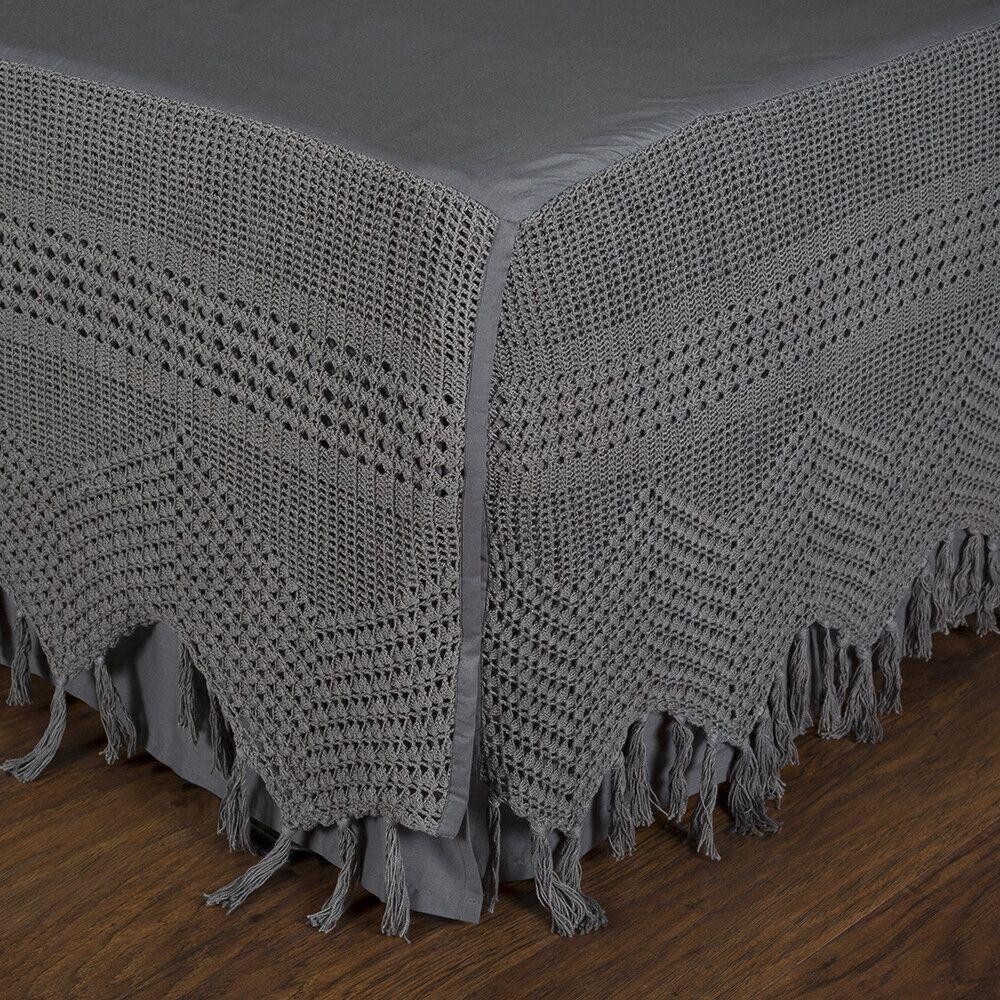 Vintage Crochet Bed Skirt Size: King, Color: Midnight