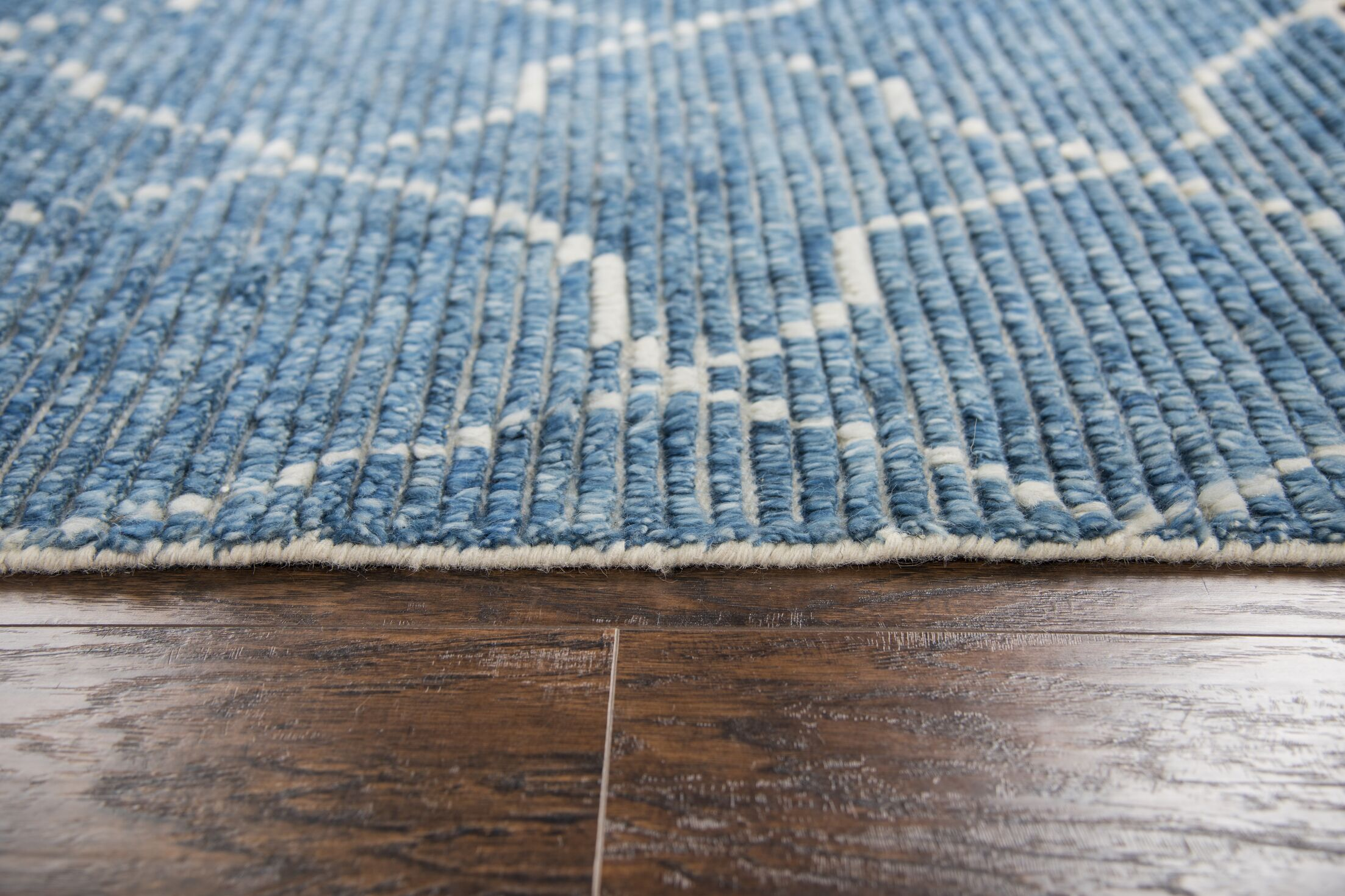 Doleman Hand-Knotted Wool Blue Area Rug Rug Size: Rectangle 7'9