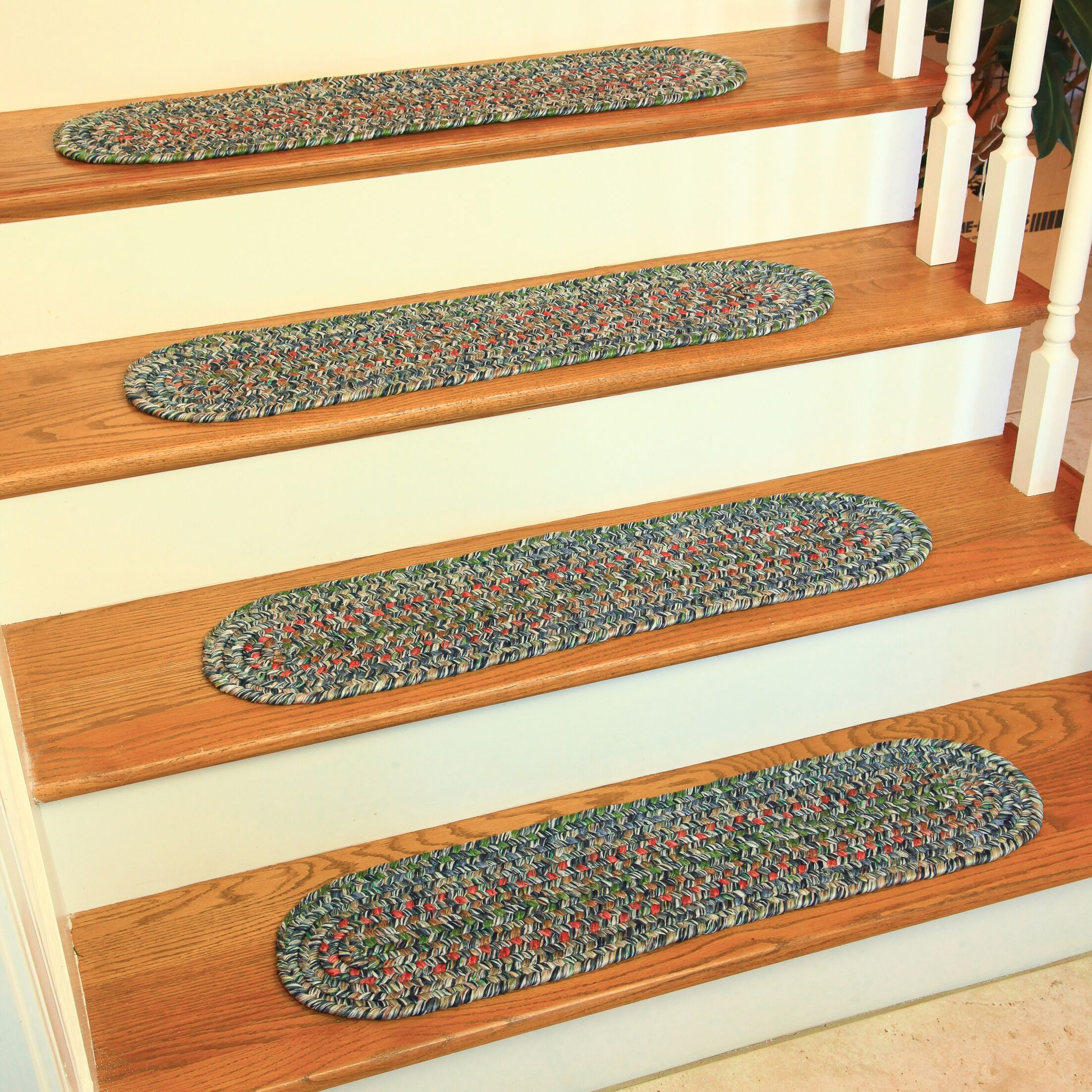 Chica Graphite/Gray Indoor/Outdoor Stair Tread
