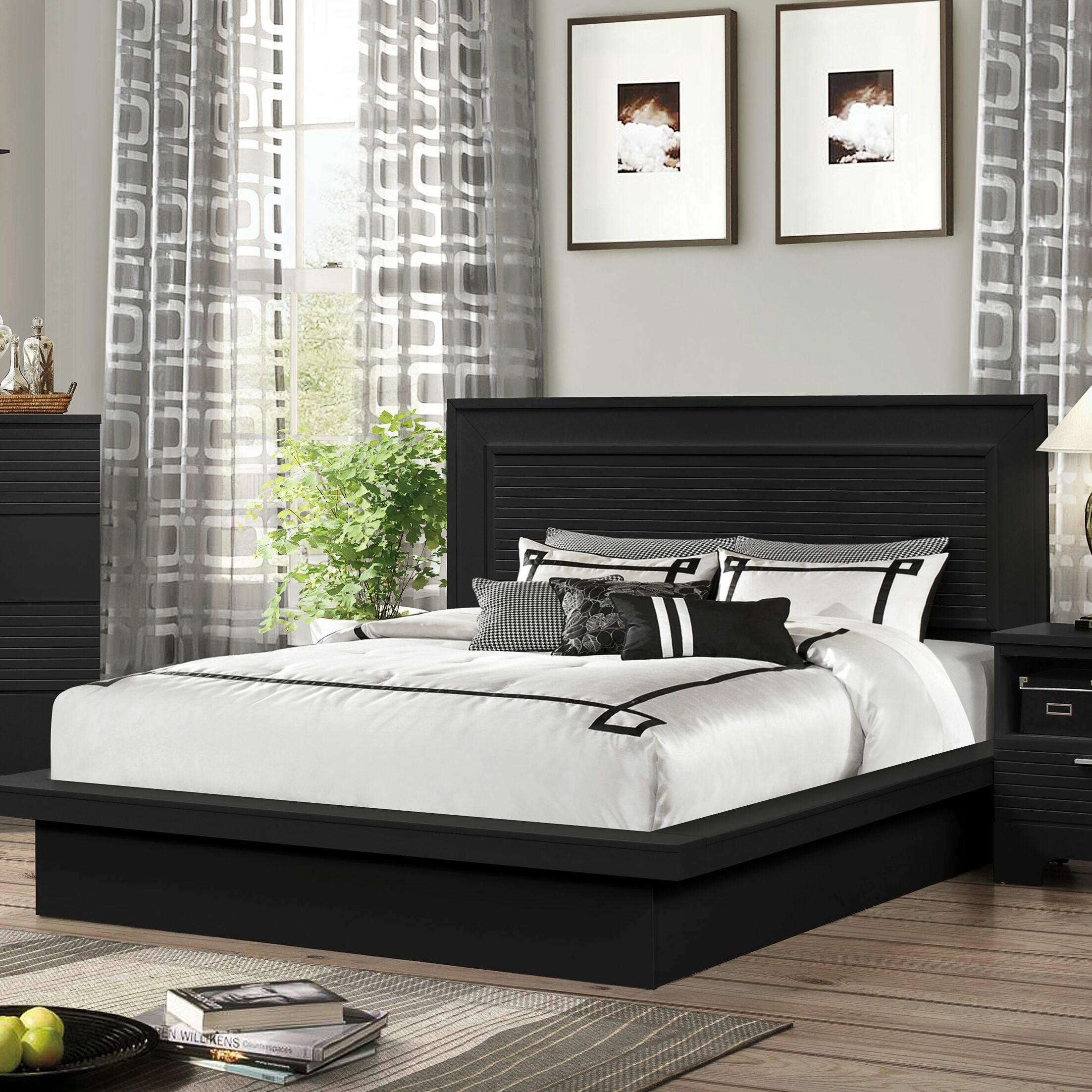 Joselyn Bed Color: Black, Size: Queen