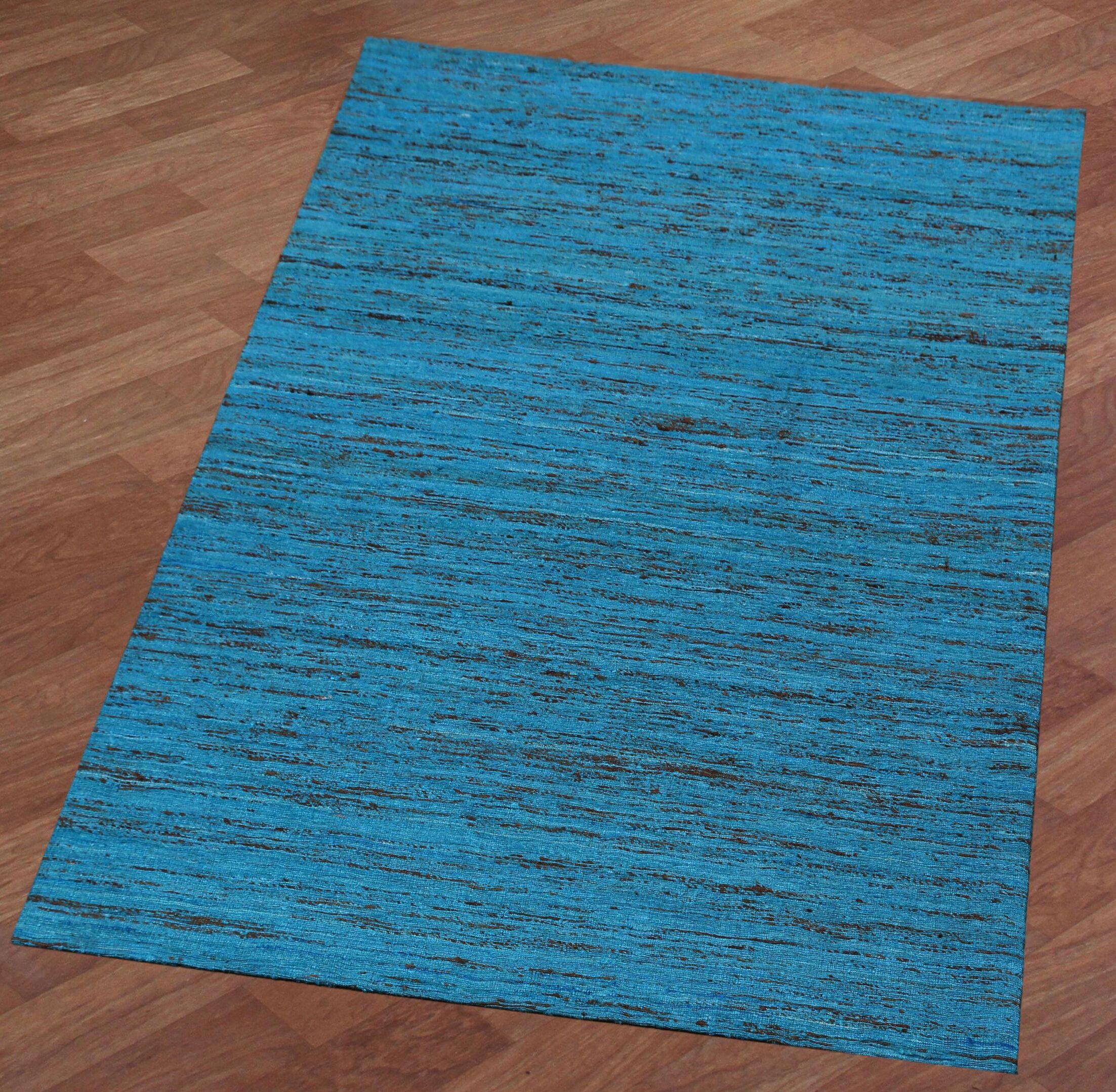 Sari Silk Handmade Aqua Area Rug Rug Size: 4' x 6'