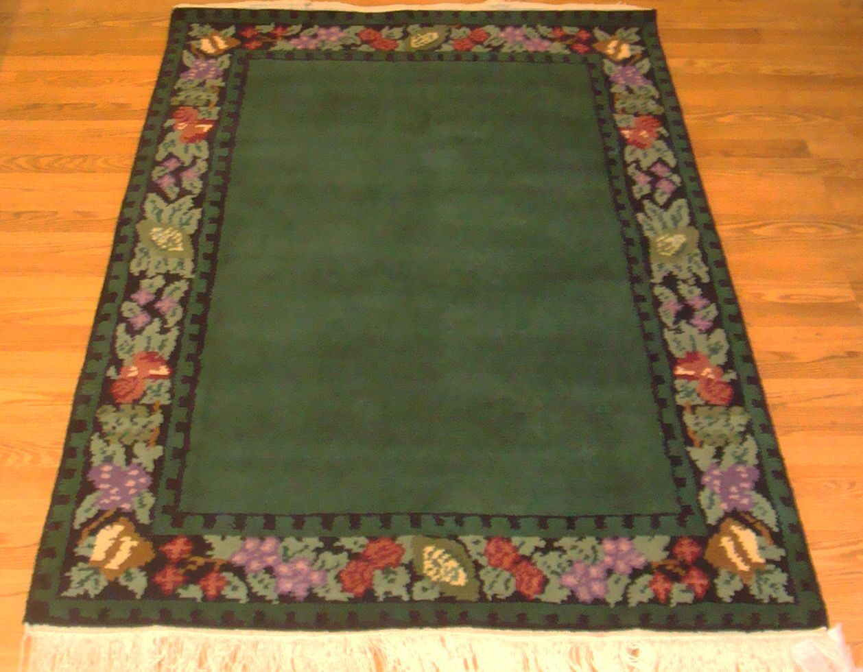 Madison Border Area Rug Rug Size: Rectangle 5'6
