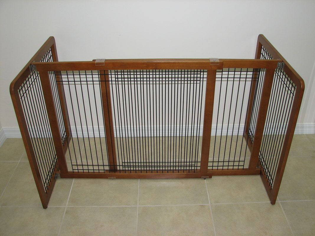 Freestanding Wood & Wire Pet Gate Size: Large (21