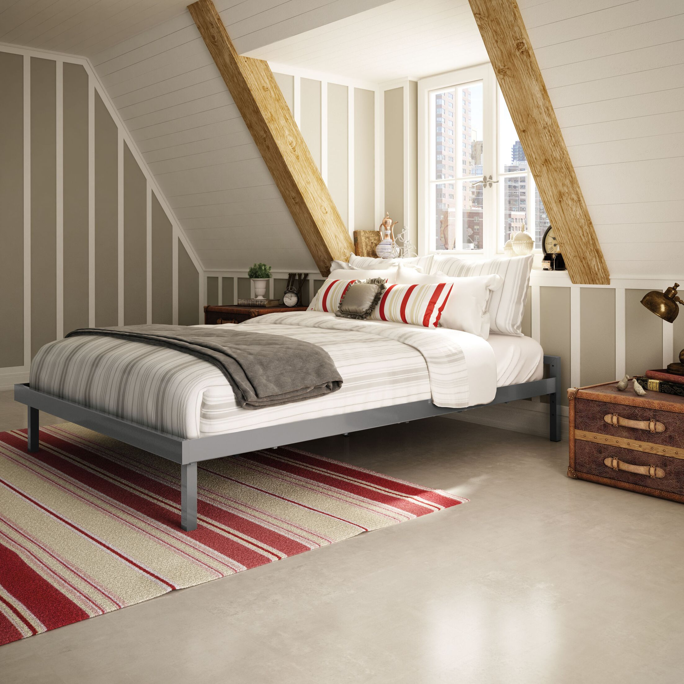 Attic Platform Bed Color: Glossy Grey, Size: Queen
