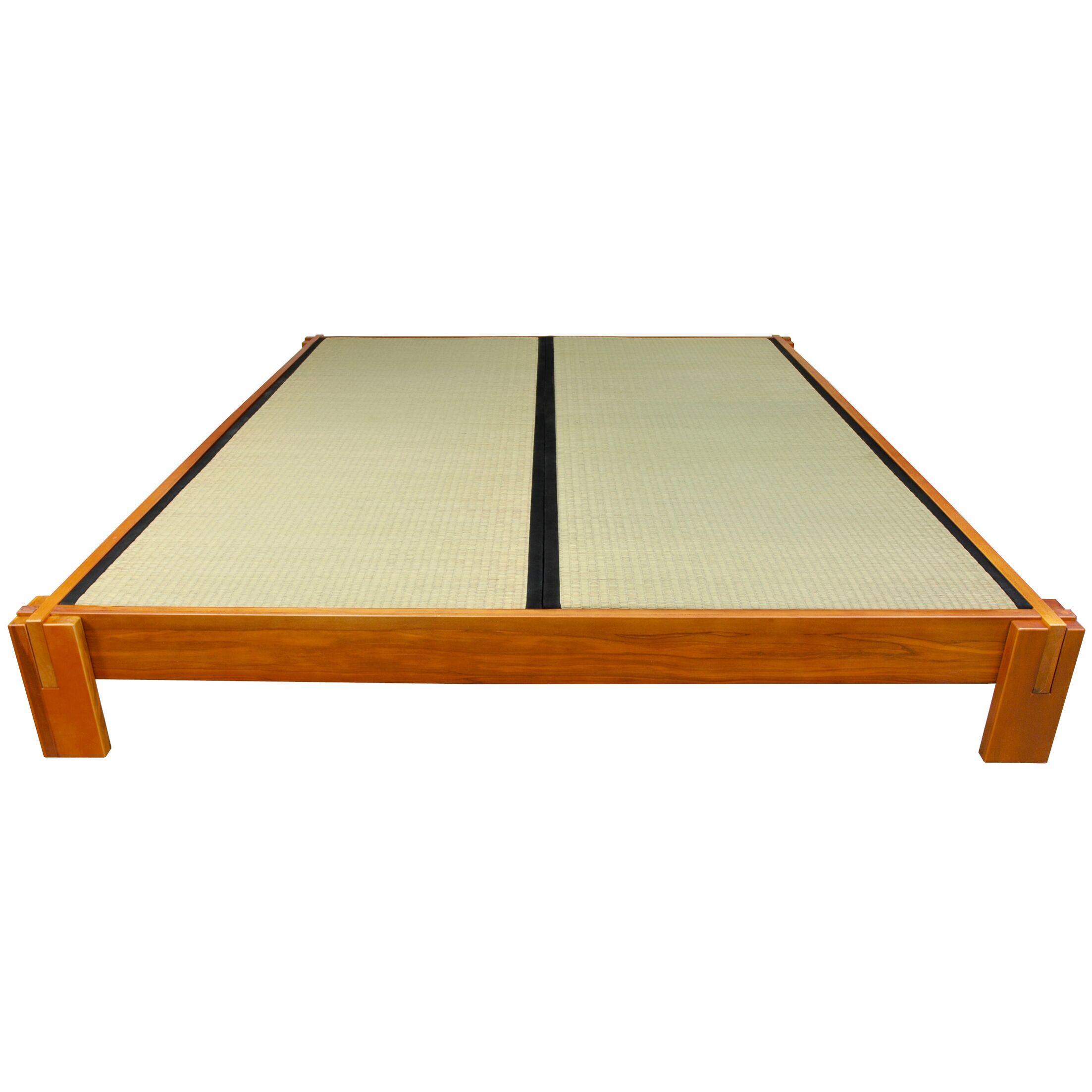 Christofor Platform Bed Size: King, Color: Honey