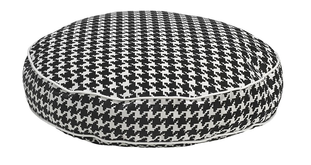 Round Dog Bed Color: Canterbury, Size: Medium - 36