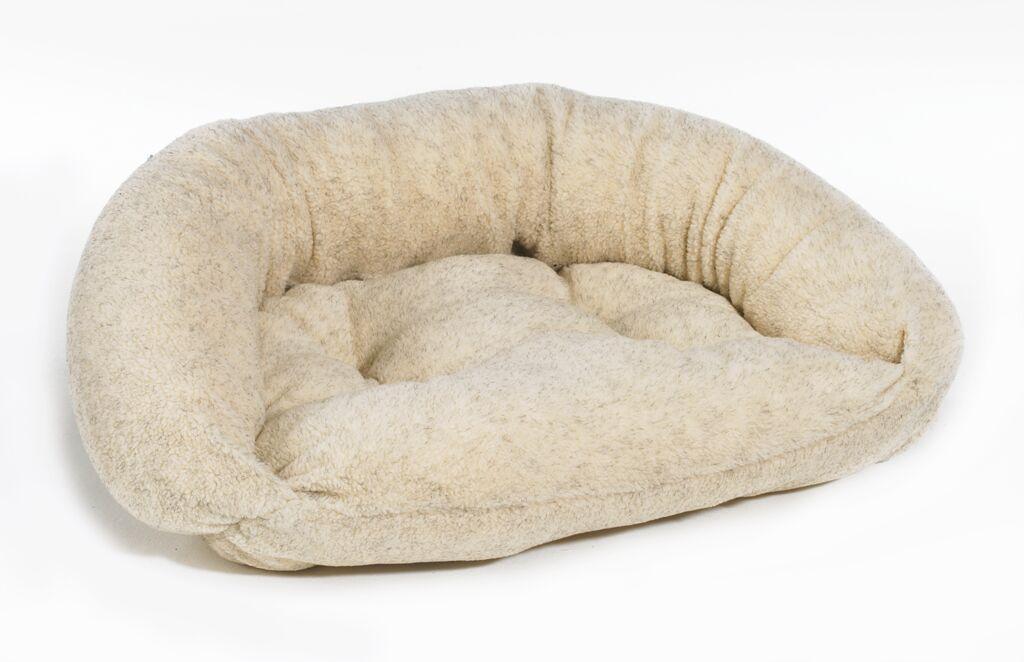 Reversible Lounger Bolster Dog Bed Size: Medium (33