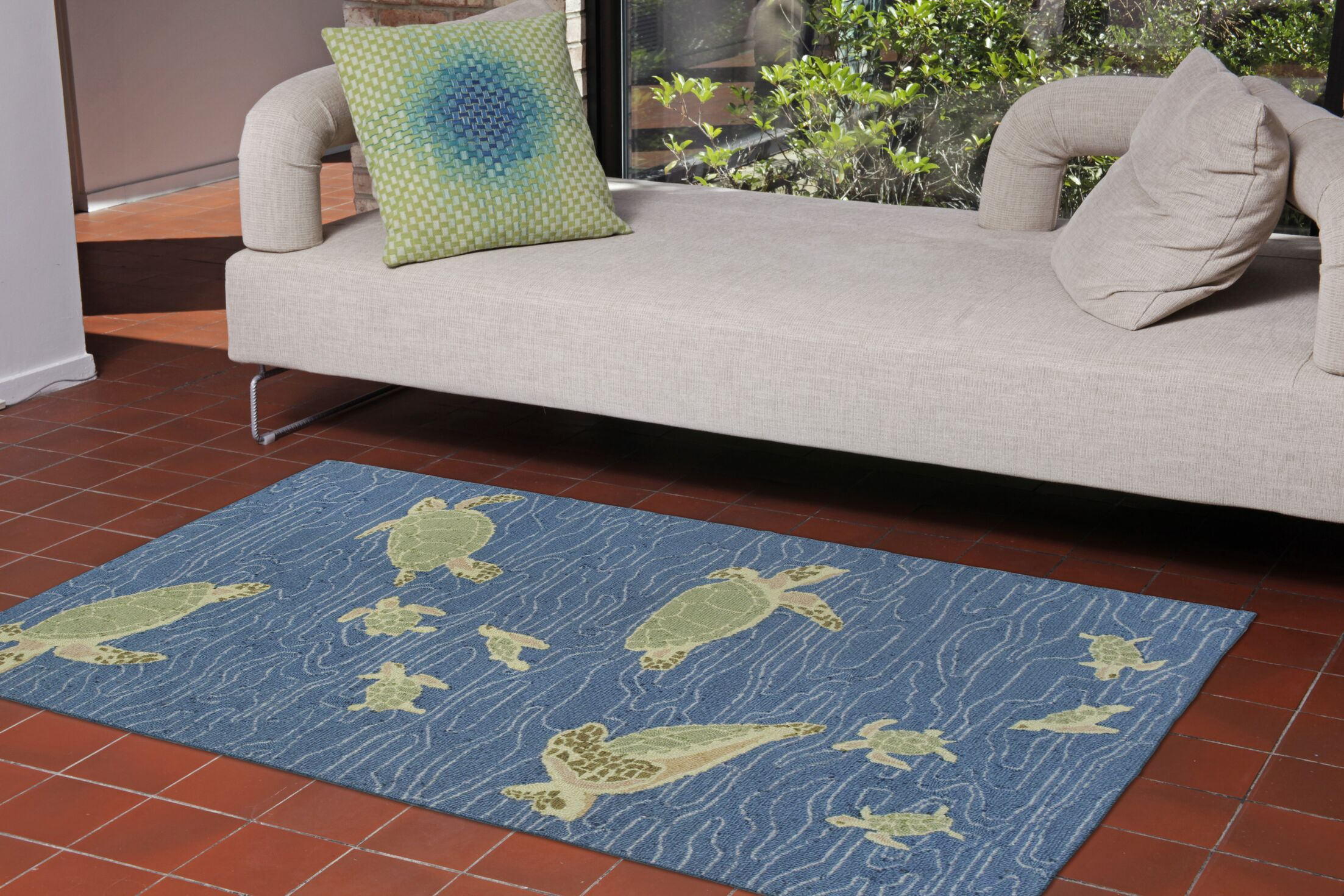 Nancee Seaturtles Hand-Tufted Blue Indoor/Outdoor Area Rug Rug Size: 3'6