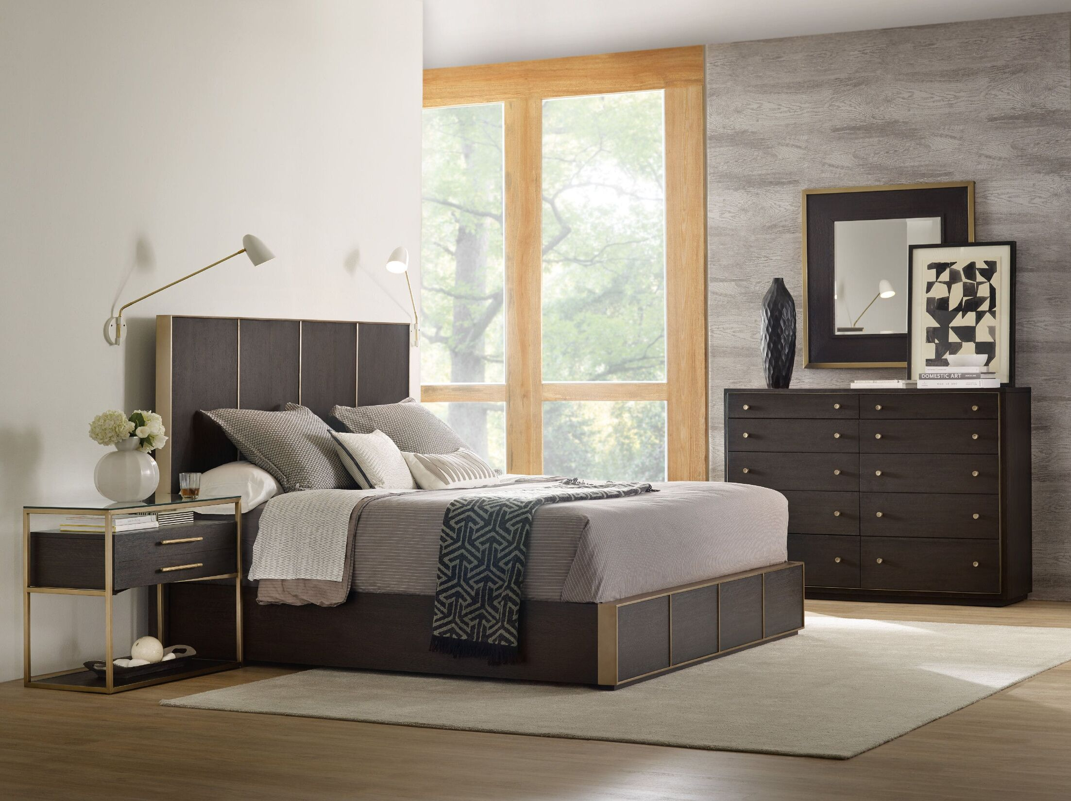 Curata Low Panel Bed Size: King