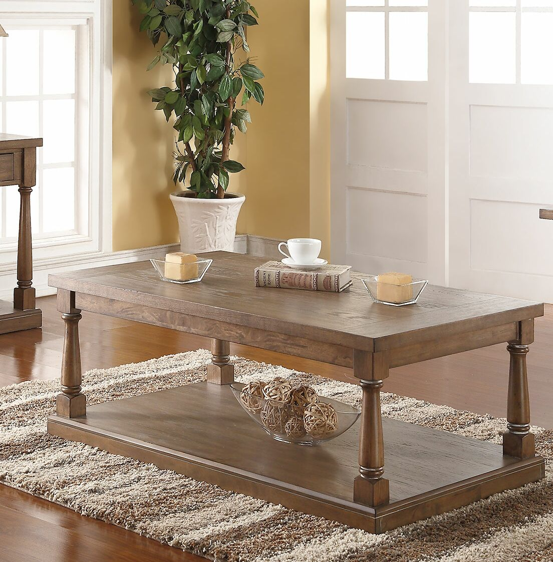 Fortunat Coffee Table Color: Gray