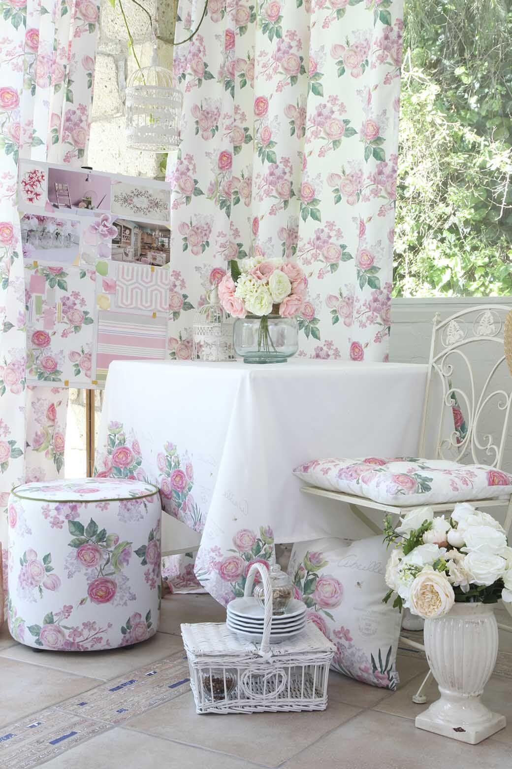 Spring Rose Pedal Throw Pillow (Set of 2)