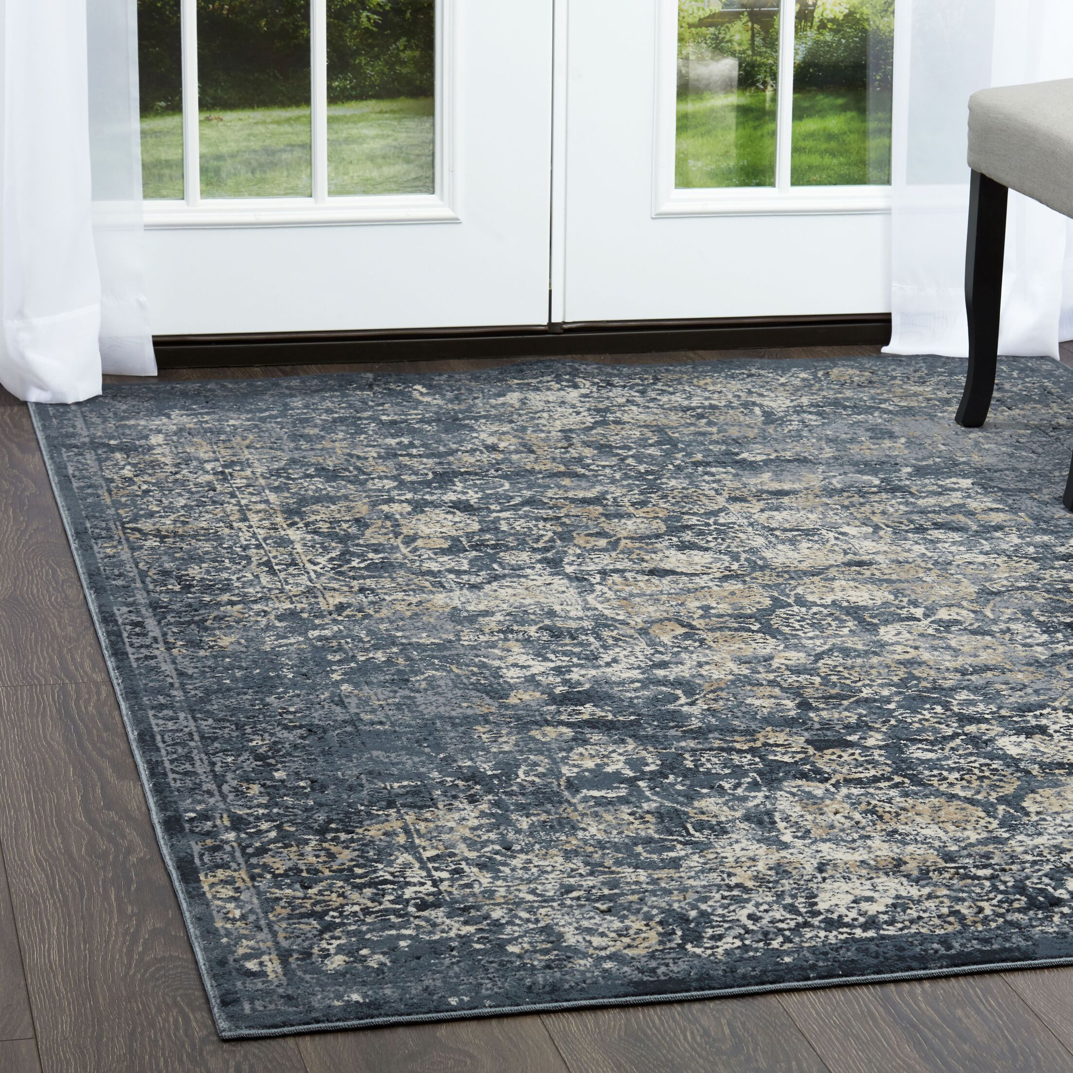 Nicole Miller Palmer Moadi Gray Area Rug Rug Size: Rectangle 5'3