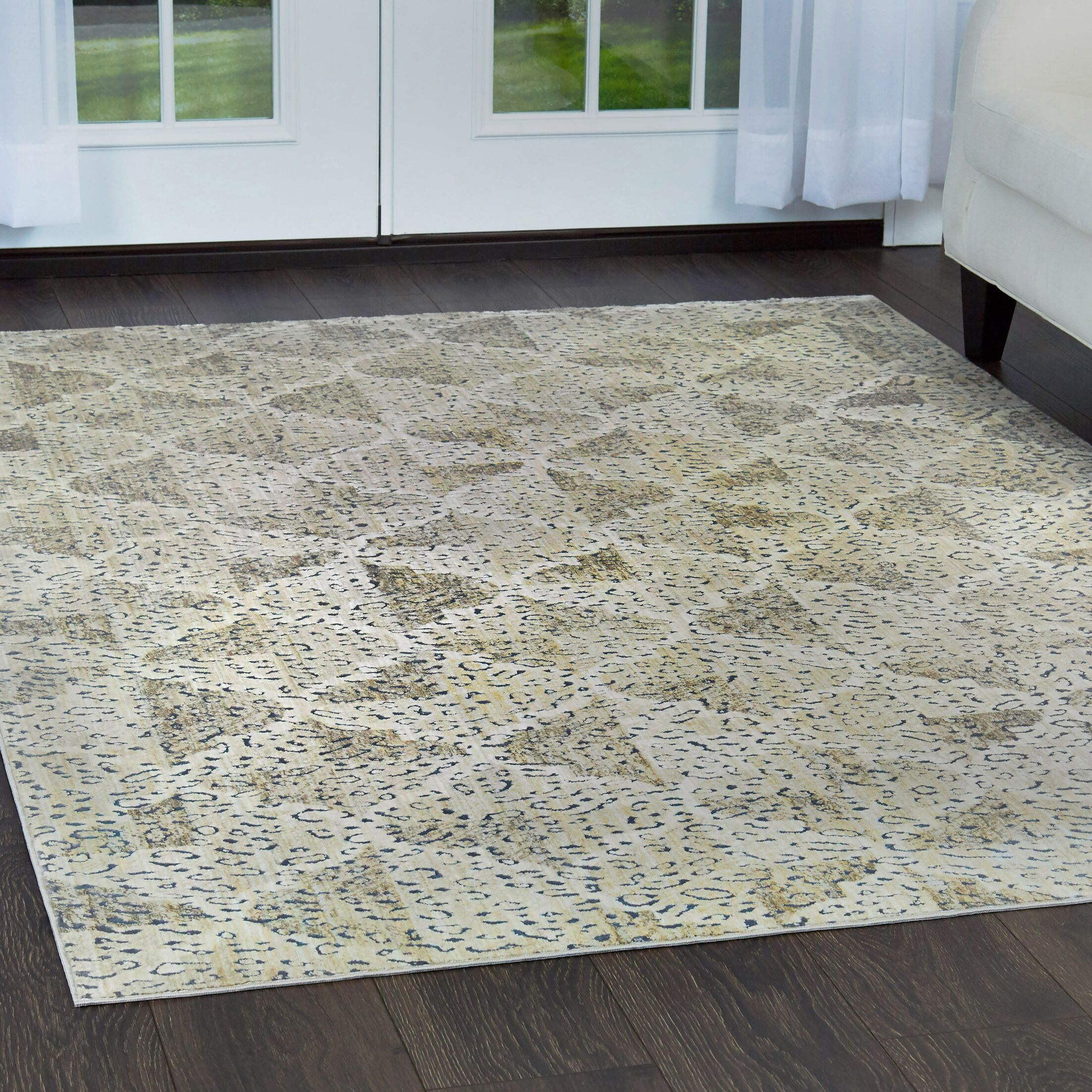 Nicole Miller Nagala Mahal Taupe Area Rug Rug Size: Rectangle 7'10