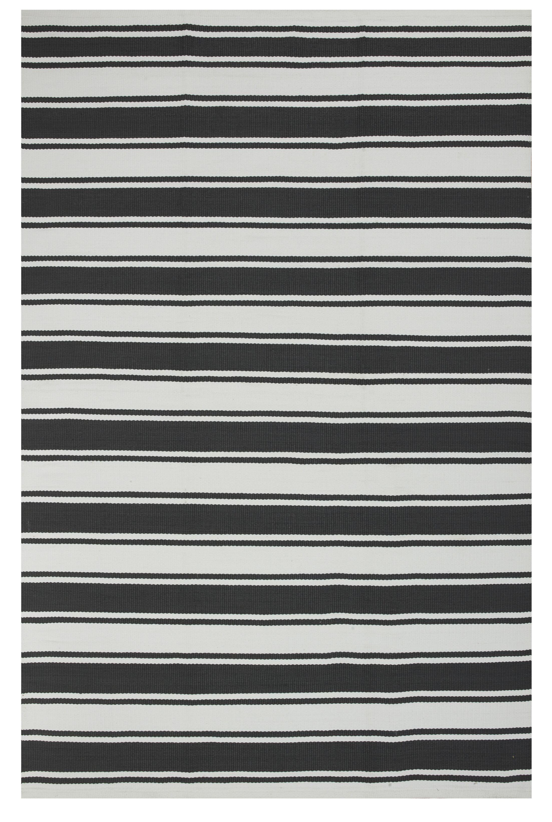 Zen Black Indoor/Outdoor Area Rug Rug Size: Rectangle 3' x 5'