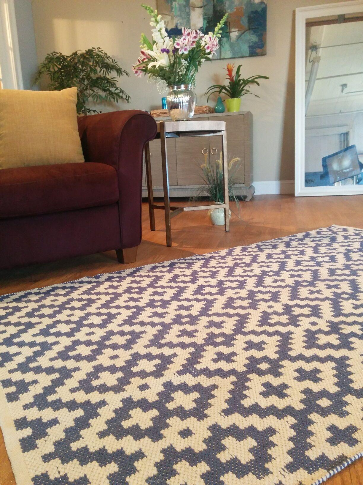 Zen Samsara Cotton Charcoal Gray/White Area Rug Rug Size: 6' x 9'