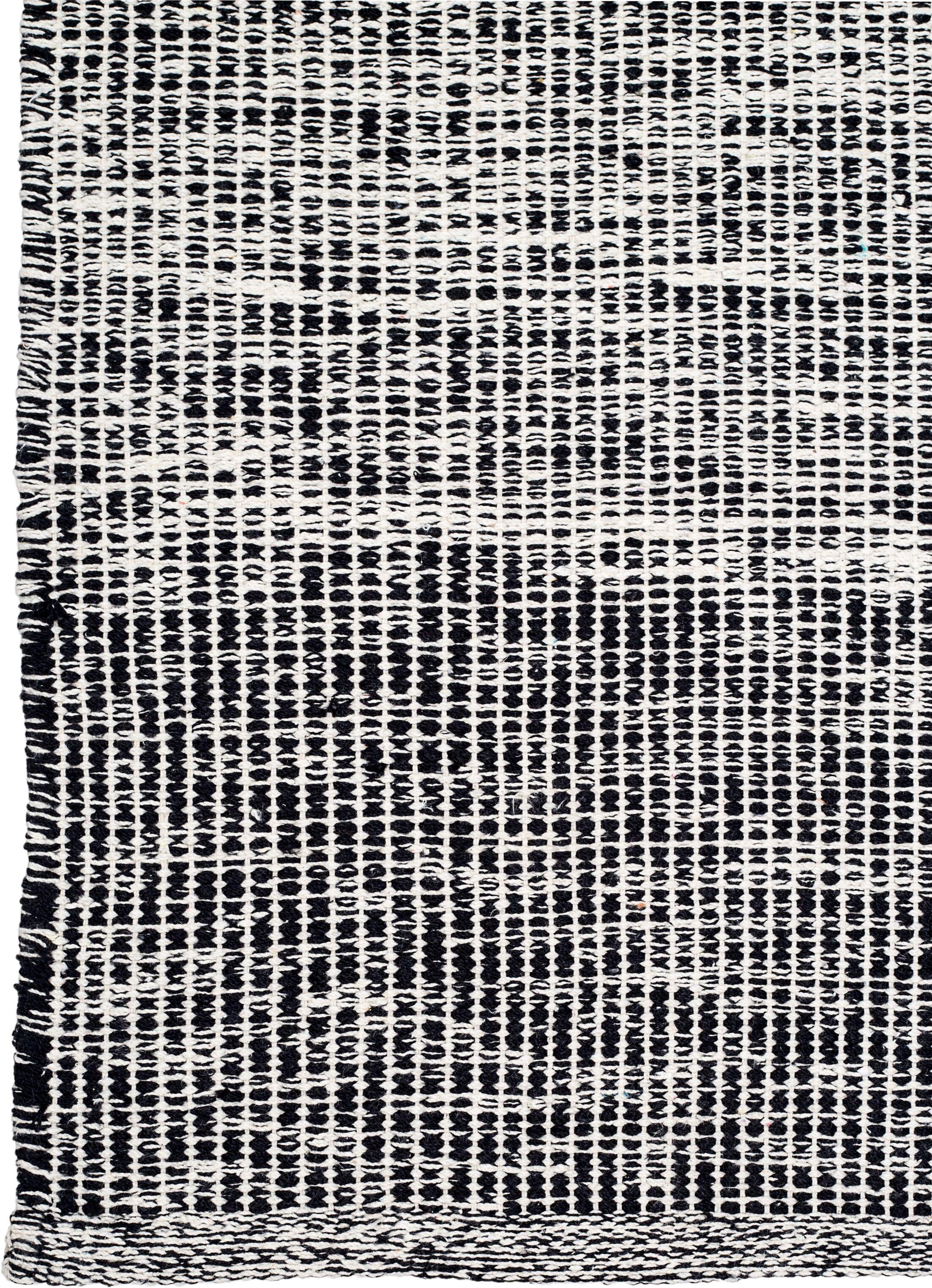 Zen Hand-Woven Black/Gray Area Rug Rug Size: 5' x 8'